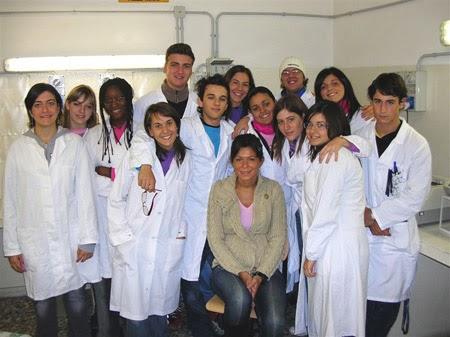 Studenti dell'indirizzo ottico del Galvani-Iodi